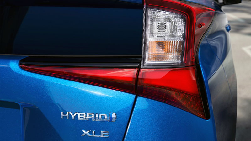 hybrid car advantages and disadvantages
