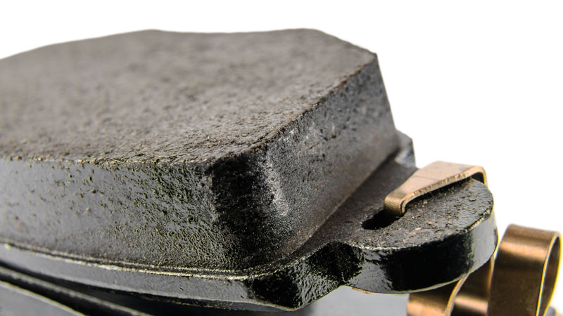 recommended brake pad thickness