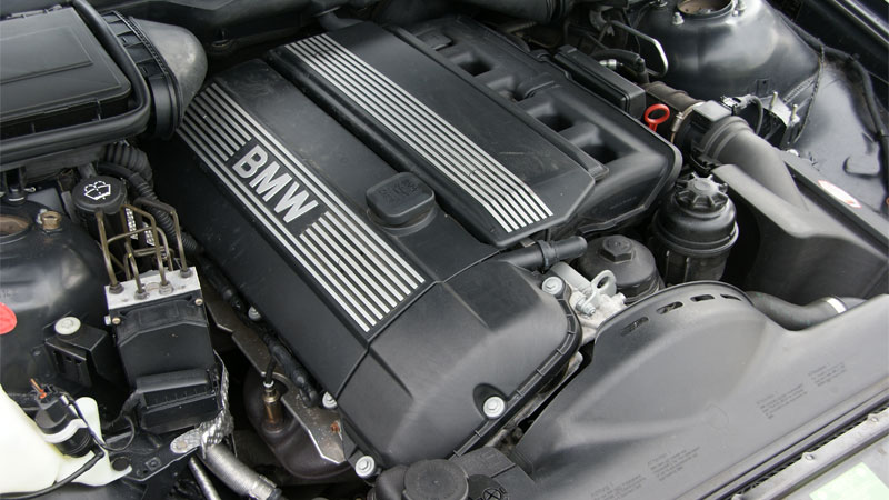 main parts of a car engine