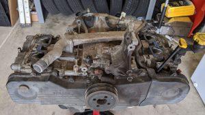 EJ25 SOHC engine