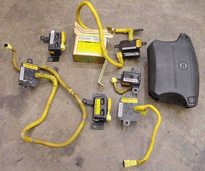 parts of an SRS airbag system