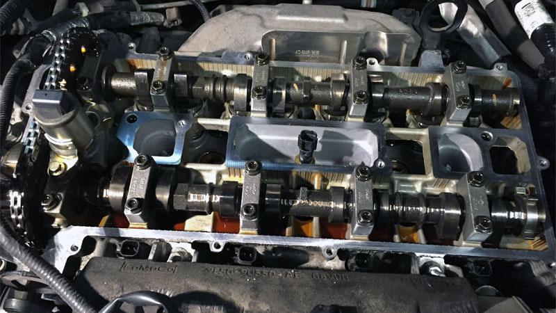 valve cover gasket leak