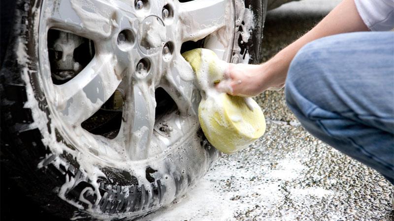washing car wheels